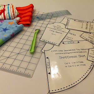 TOY Little Seamstress Pattern Kit